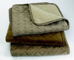 Orvis Reversible Dog Proof Throw