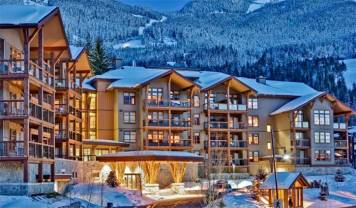 Whistler, Evolution Hotel